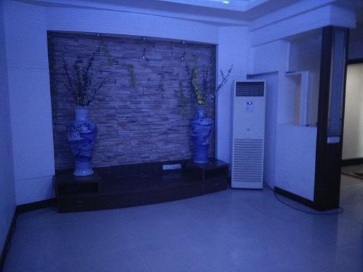 泰安大厦-中装-清水套房靠近泰兴路-周边交通便利居家首选第1张图片